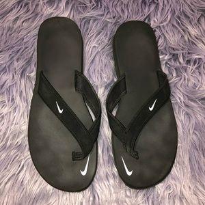 Women's Nike Flip flops Size 10
